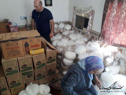 توزیع 320 بسته بهداشتی و غذایی بین 160 خانوار سیل زده در آق قلا